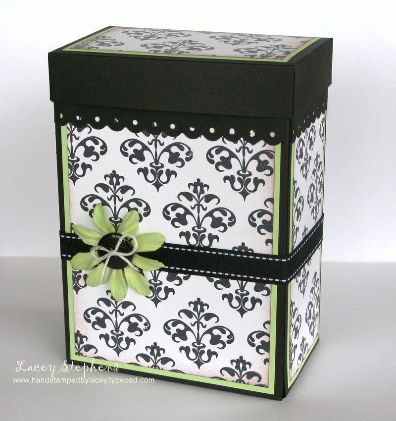 Damask Gift Box 1